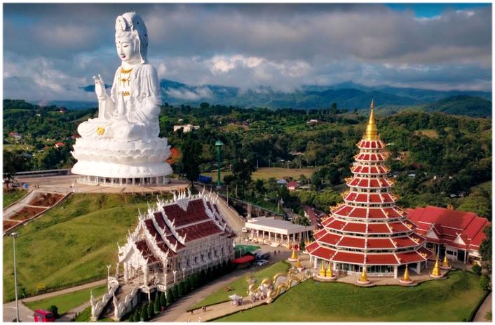 wat huay pla kang temple